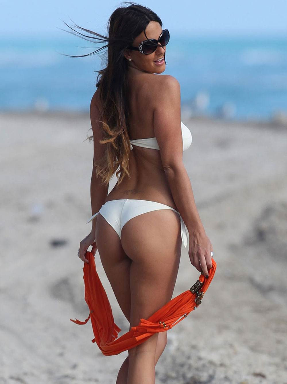 CLAUDIA ROMANI -Sexy White Thong Bikini-Bikini-Pics
