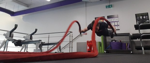 Battle rope push ups