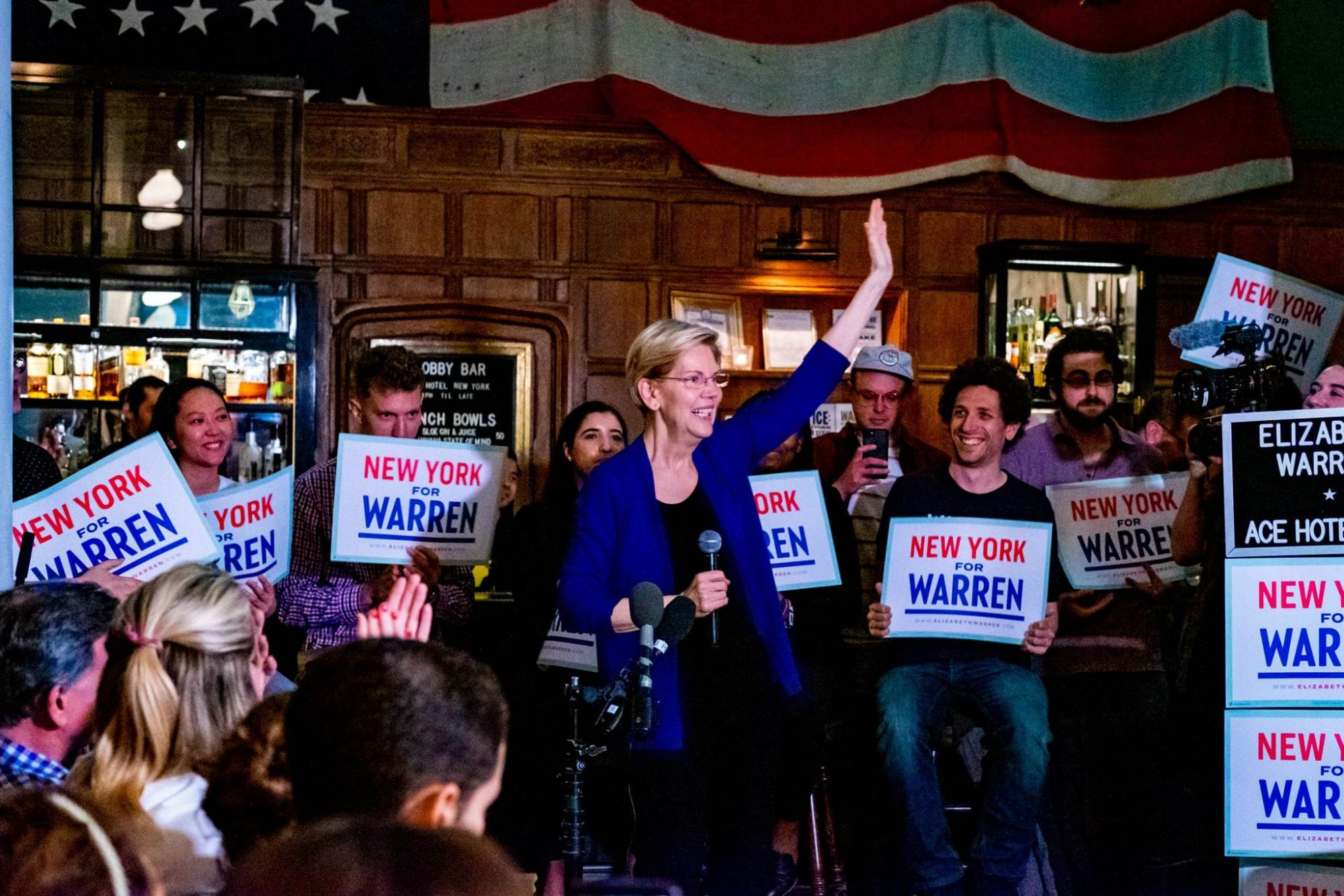 Warren Wins Straw Poll, Surges in New Hampshire – The