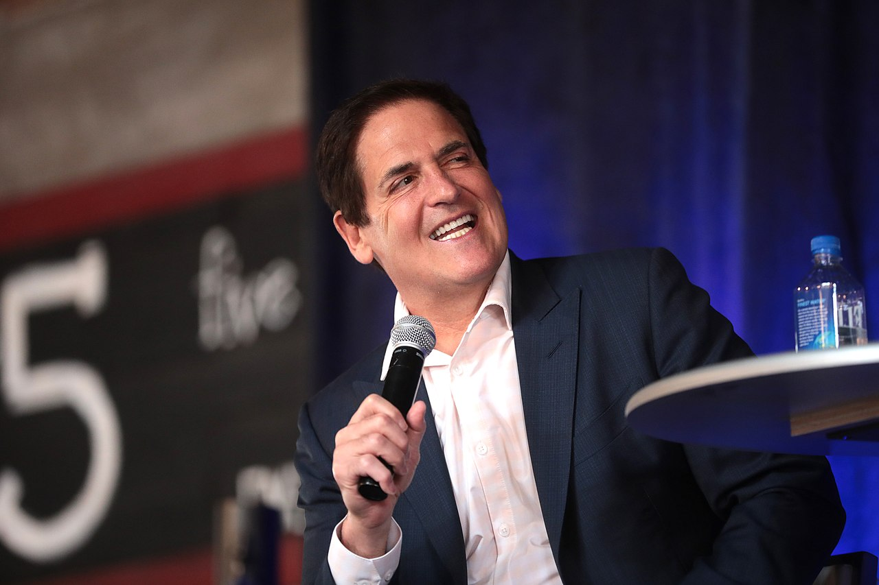 Mark Cuban Calls on Fed to Print Unlimited Money, Ignore Consequences For Now