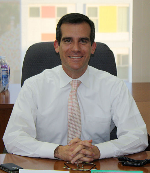L.A. Mayor Eric Garcetti: We See in Traffic and Phone Data 99% of People Staying Home