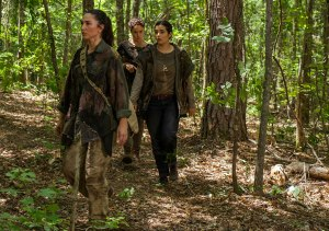 the-walking-dead-episode-706-tara-masterson-2-935