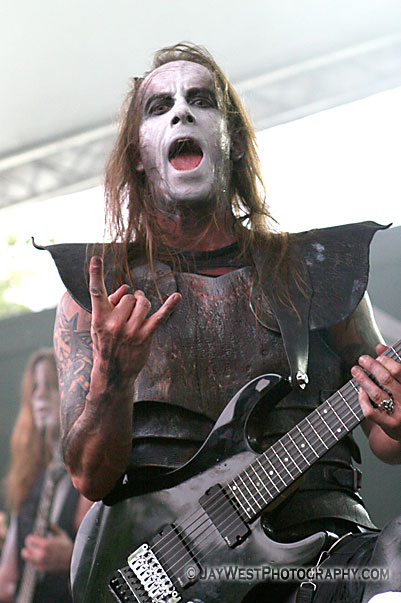 Nergal of Behemoth throwing the horns