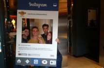 Instagram Picture con i commessi dell' Hard Rock Cafè, Barcellona