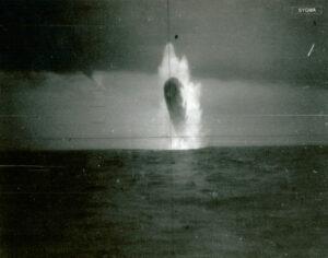 Originales fotos de escaneo de submarino USS trepang (8) (1)