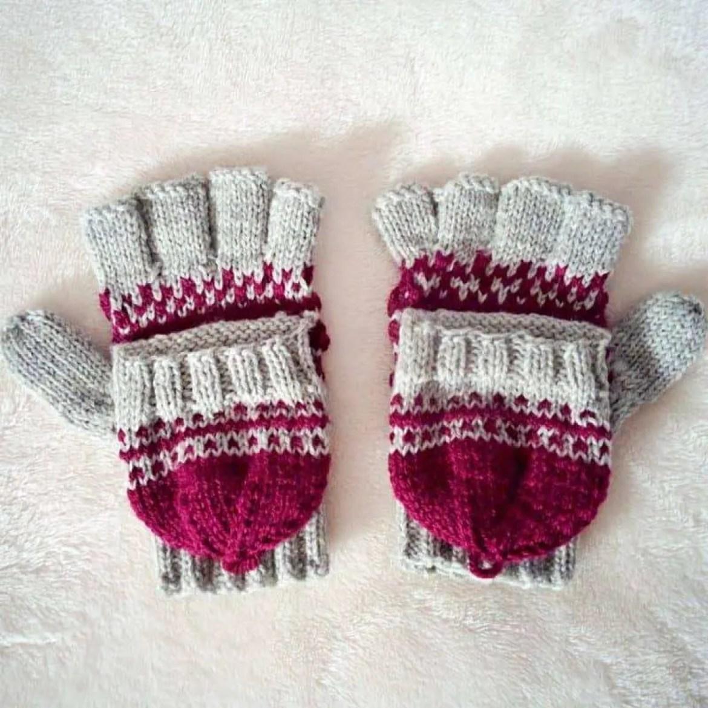 Athena Convertible Gloves Knitting Pattern |