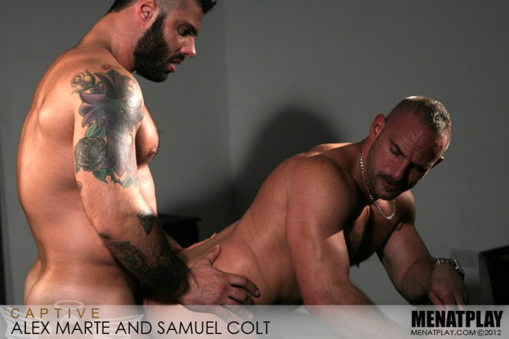 Captive starring Alex Marte and Samuel Colt (21)