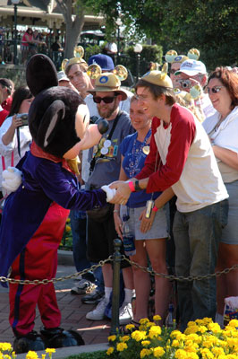 mickey_guests_web