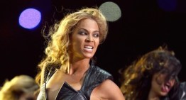 Beyonce Super Bowl Half Time Show [VIDEO]