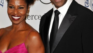 Denzel Washington and Pauletta Washington Despite recent of rumors of divorce, this couple has been holding strong for 33 years. Pauletta has stood by Denzel's side through many of his achievements so we hope this couple can hold on (Source: FlynetPictures.com)
