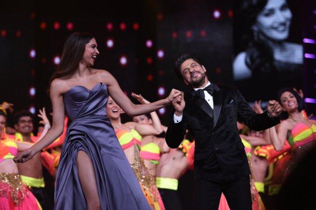 Lux Golden Rose Awards – Red Carpet & Winners
