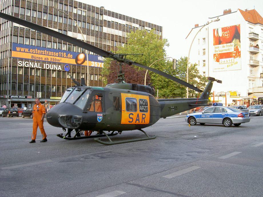 BOND25: Produktionsfirma erwirbt Helikopter in Wernigerode