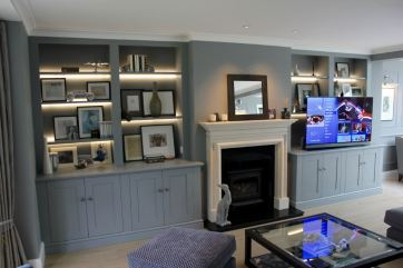 alcove-areas-converted-into-stylish-displaymedia-areas