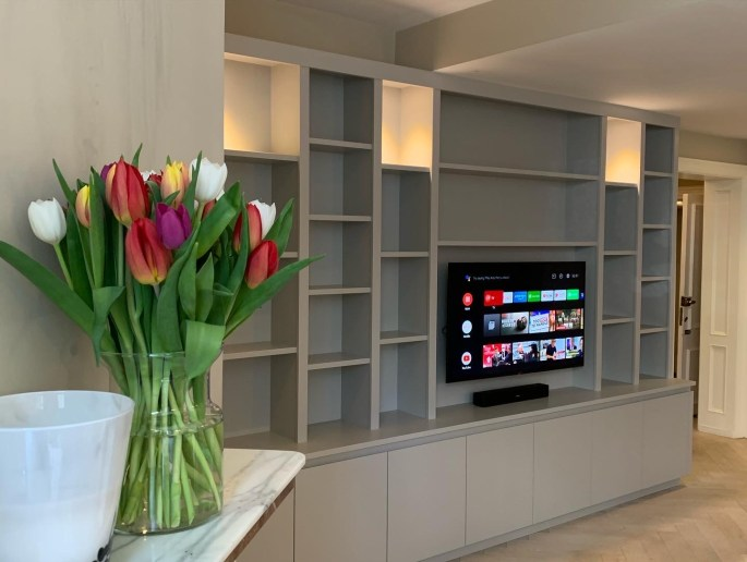 Fitted media bookcase