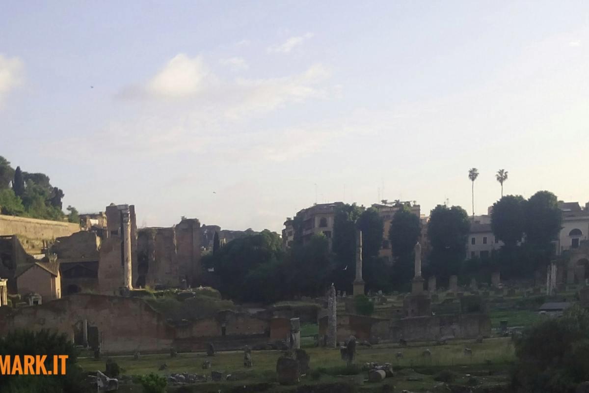 Sognare Roma: viaggio nelle eternità di una città incerta