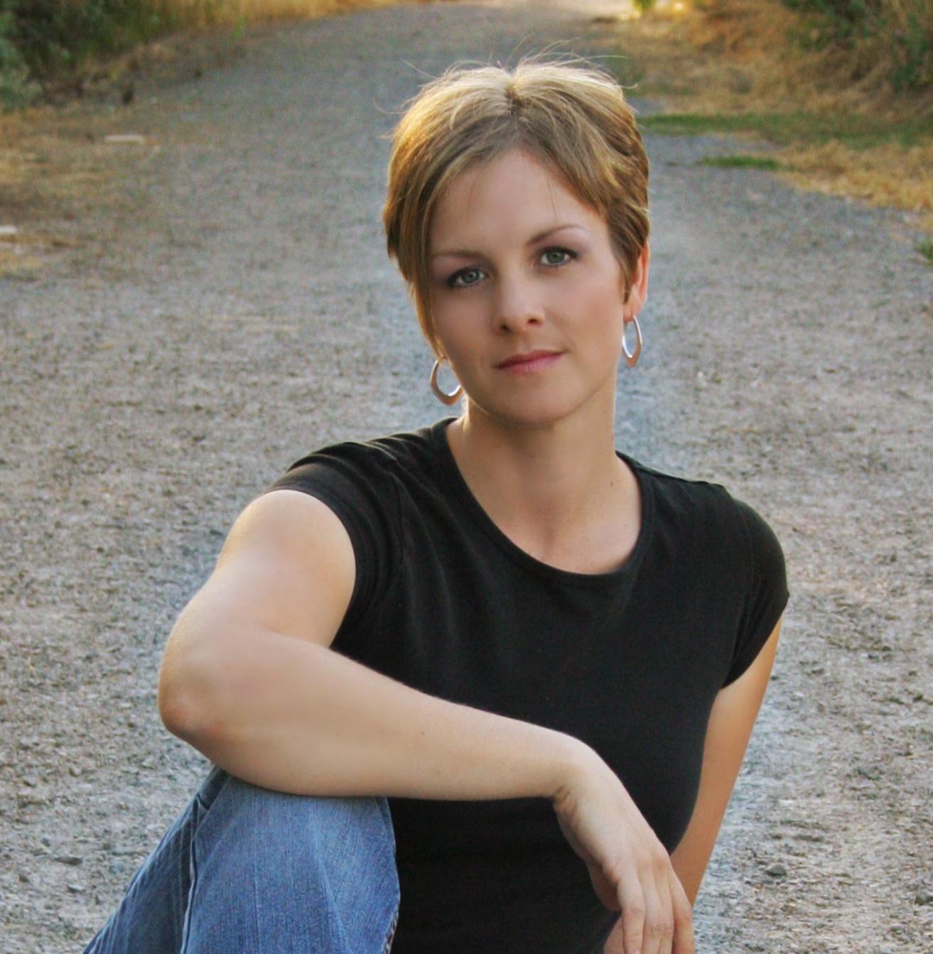 Bethanye Bethanye: Stung Blog Tour: Bethany Wiggins On Inspirations