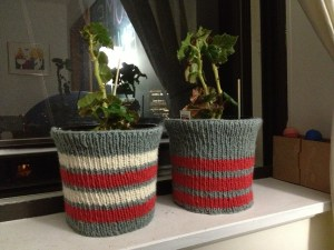 Knitted pot covers