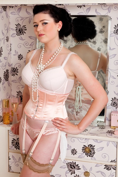 waspie corsets