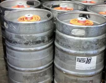 10-barrel-junket-kegs