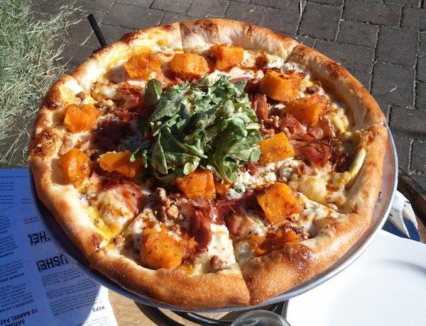 "10 Barrel Pumpkin ""Pie"" pizza"