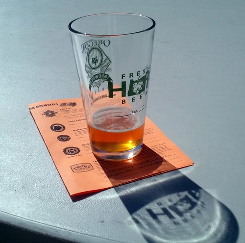 Sisters Fresh Hop Festival, glass and program