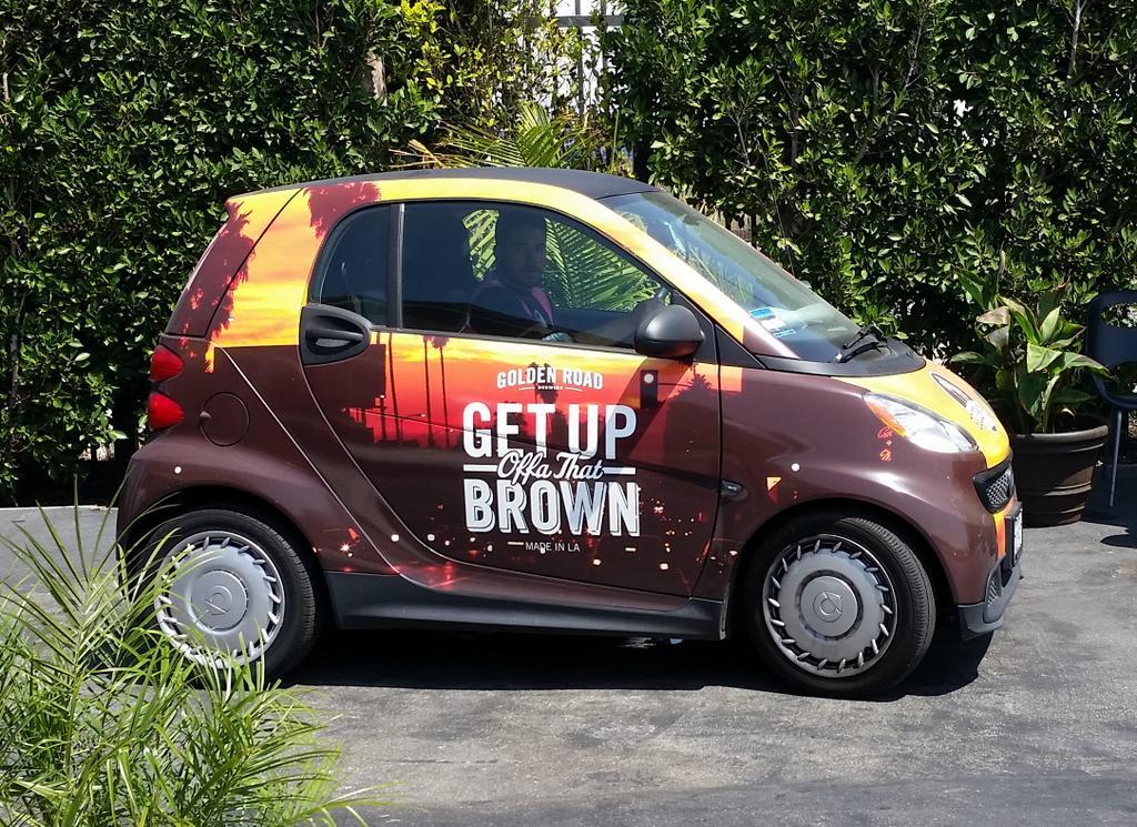 Golden Road Brewing... smart car?