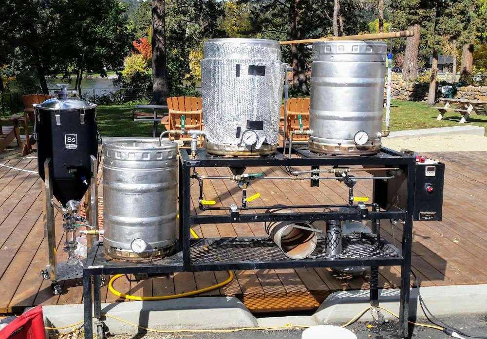 Homebrew Systems: Three-vessel brew stand