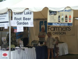 Crater Lake Root Beer Garden