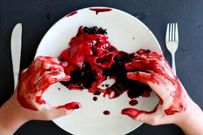 Bleeding Heart Cakes - The Brick Kitchen