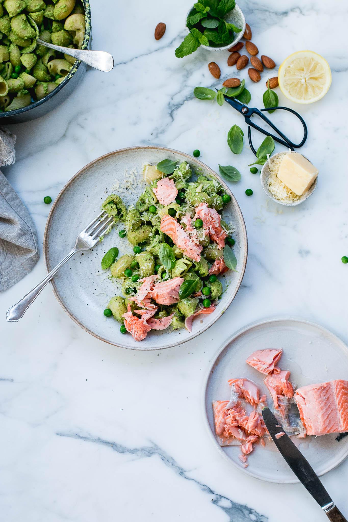 Pea, mint and poached salmon pesto pasta - The Brick Kitchen