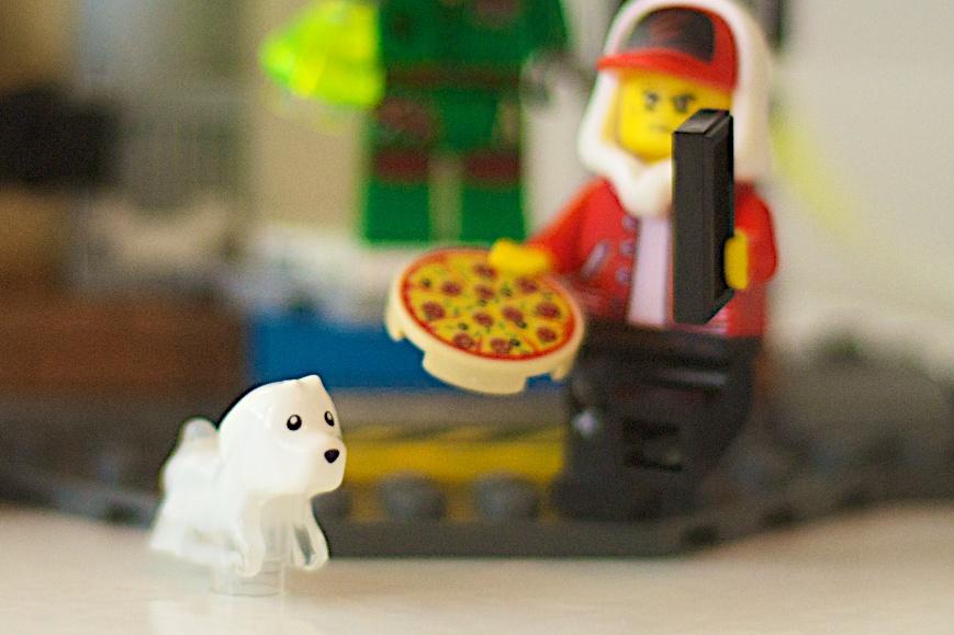 Spencer LEGO 70418 JB Ghost Lab Hidden Side