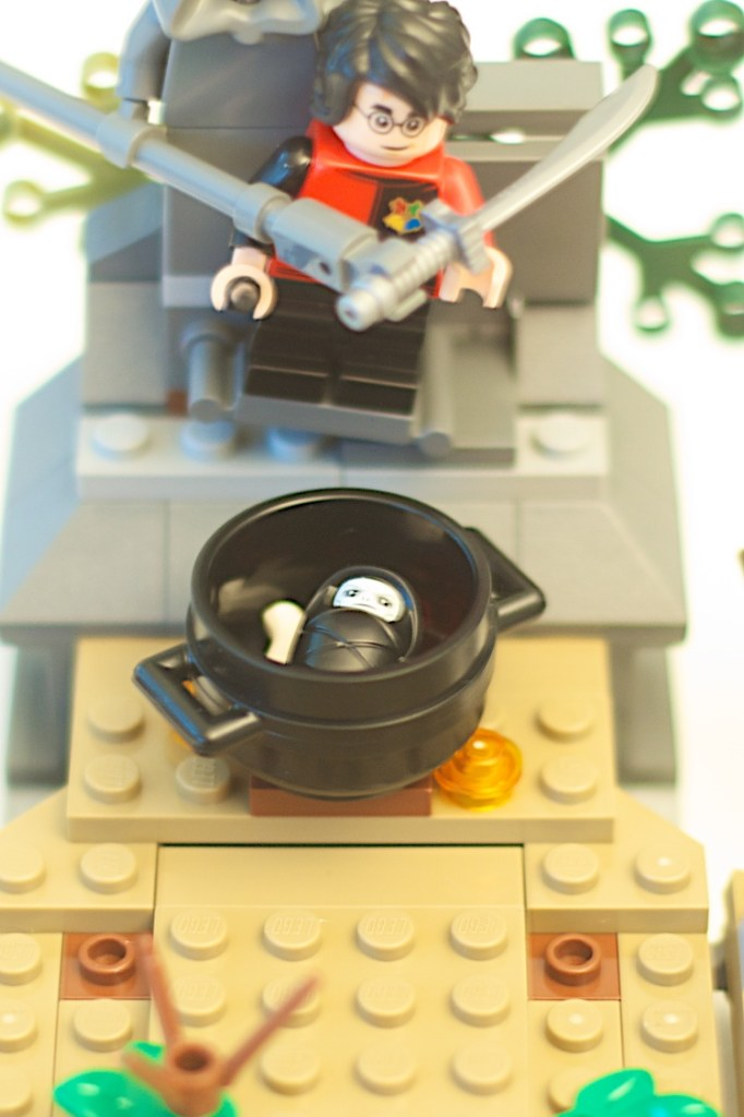 LEGO 75965 The Rise of Voldemort Box Baby Voldemort Minifigure