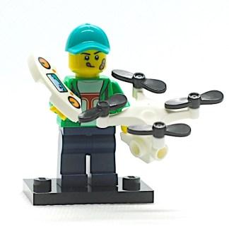 LEGO 71027 CMF 20 Drone Pilot 1