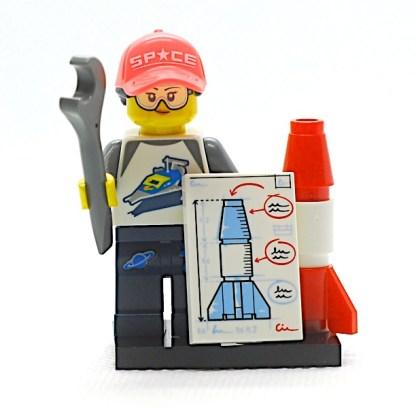 LEGO 71027 CMF 20 Rocket Fan Girl 1