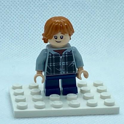 LEGO Minifigure Ron Weasley, Plaid Hoodie