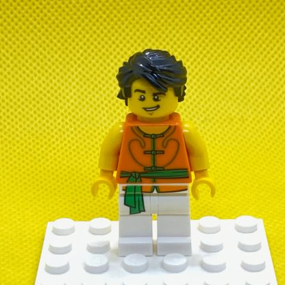 Yellow Minifigure, Head Male Black Eyebrows, Chin Dimple and Lopsided Grin Pattern - Hollow Stud