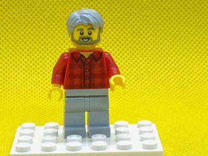 LEGO Man with grey hair and beard Minifigure
