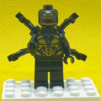 LEGO Outrider with Extended Arms Minifigure