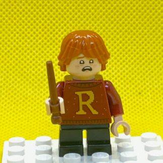 LEGO 75964 Minifigures - Ron Weasley Big R on Sweater, short legs
