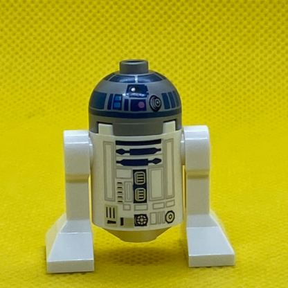 Astromech Droid, R2-D2, Flat Silver Head, Dark Pink Dots and Large Receptor