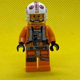 LEGO Star Wars Minifigure Luke Skywalker in Red Leader Pilot Uniform
