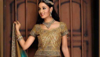 Pakistani Bridal Dresses: 15 Trending Styles To Look Like A