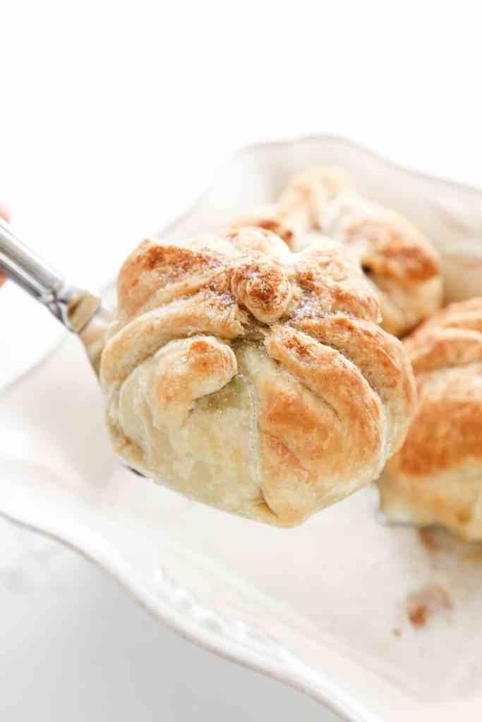 puff-pastry-walnut-apple-dumplings-8