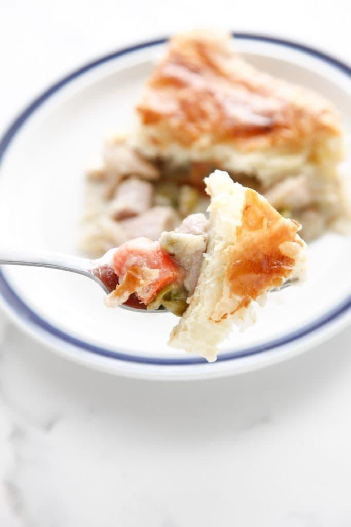leftover-turkey-puff-pastry-pot-pie-7