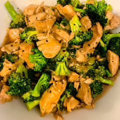 Healthy Instant Pot Chicken and Broccoli