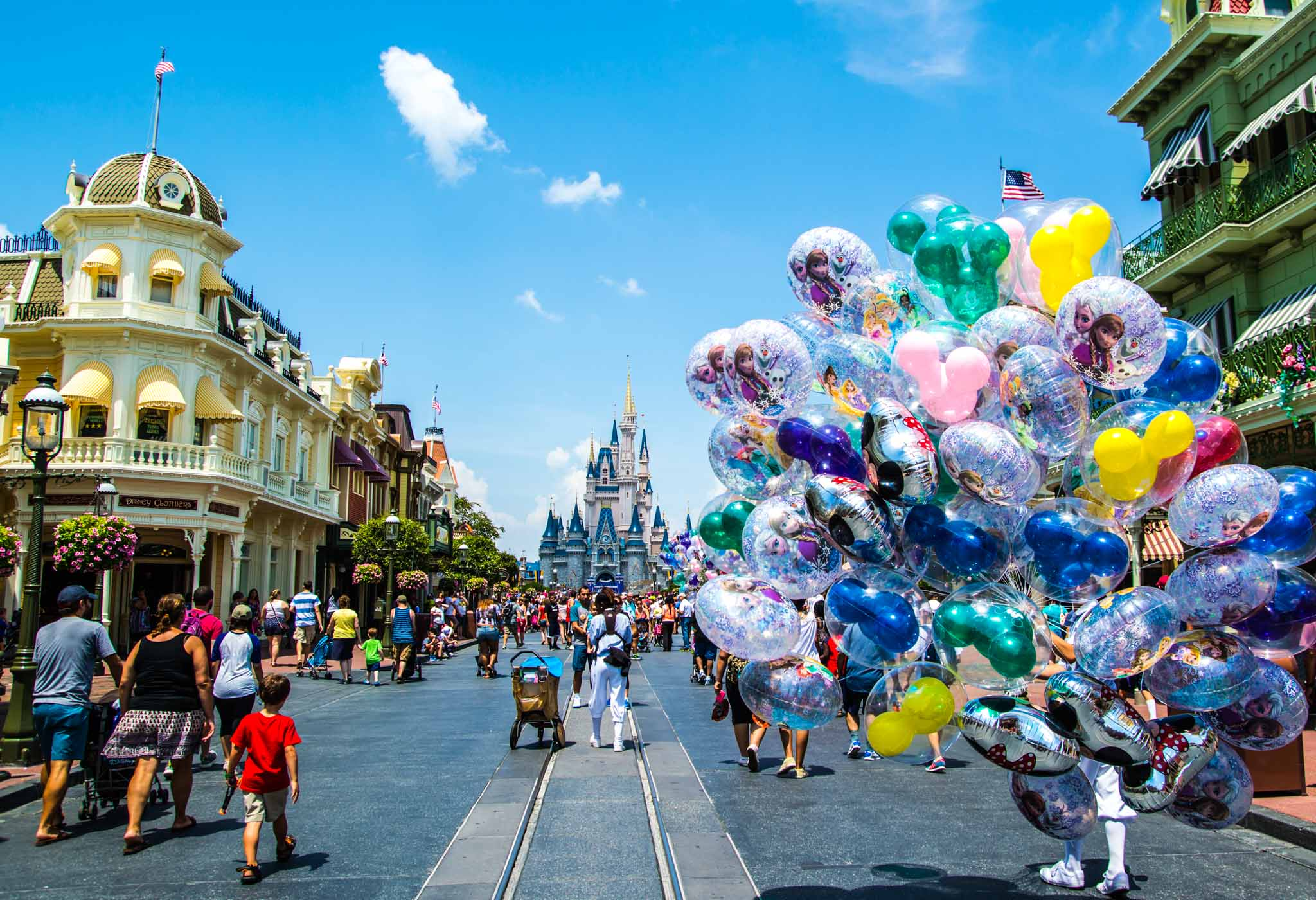 Our Top Strategies In Dealing With WDW Crowds