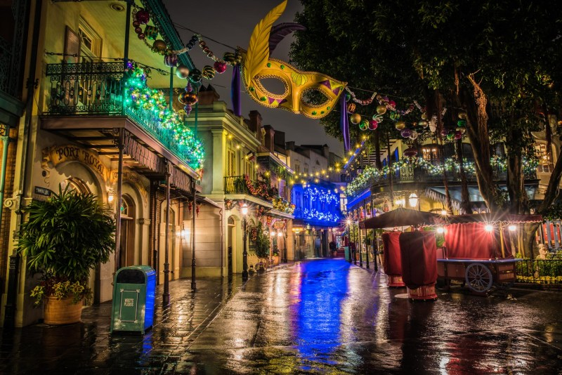 Christmas at Disneyland - New Orleans Square