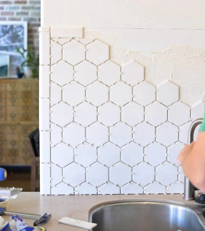 how to install a backsplash the