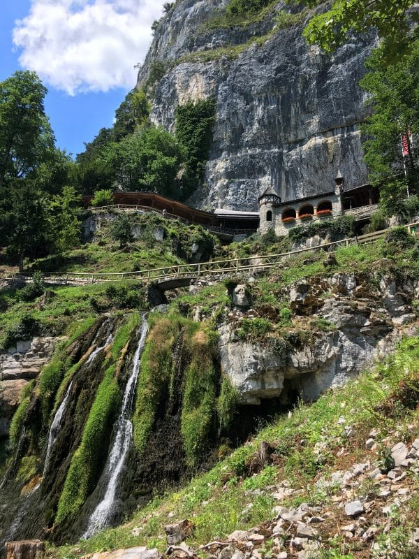 waterfalls at st beatus caves entrance