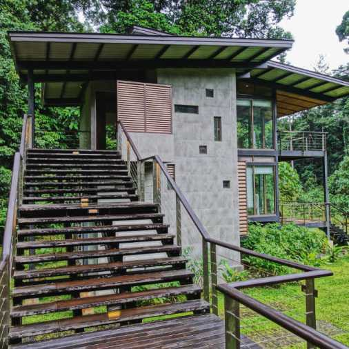 Stairs leading to villa Borneo Rainforest Lodge